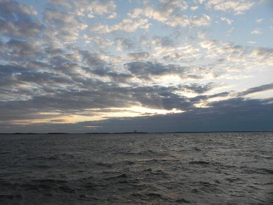 Amelia River Cruises: Beautiful sky before sunset