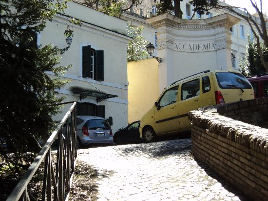 Hotel San Pancrazio: Salida de Locanda di San Pancrazio