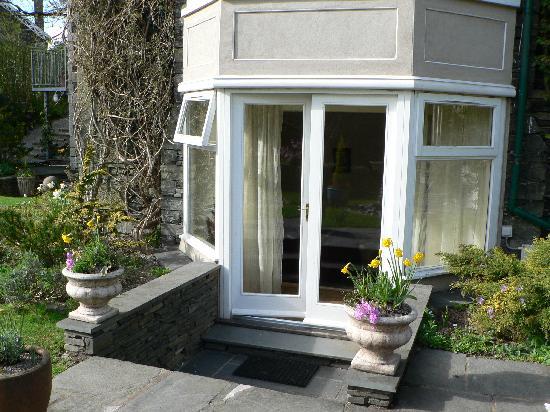 Annesdale House: Door to the back garden -- Elleray suite.