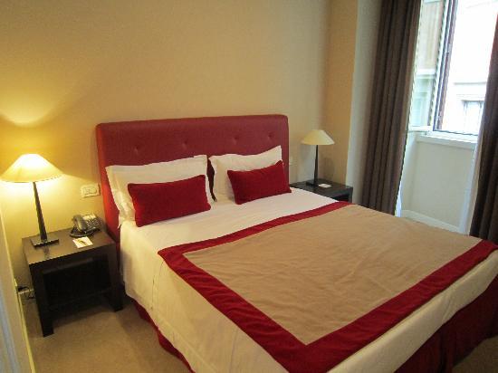 Hotel Dei Borgognoni: our room