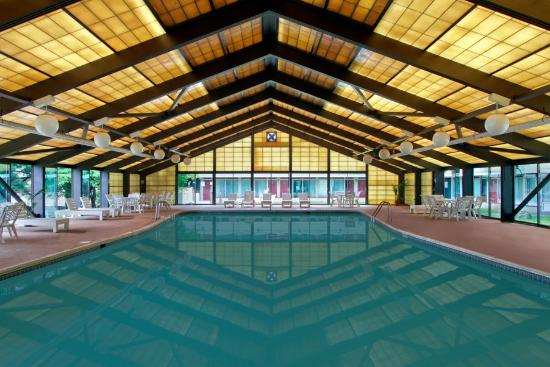 East Stroudsburg, PA: Indoor Pool
