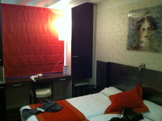 Hotel Europole : Habitación 1