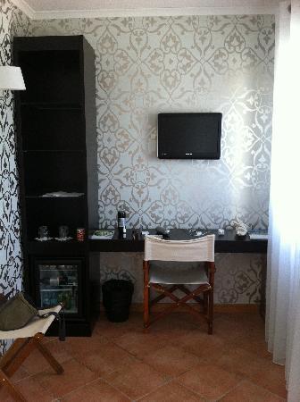 Vale d'El Rei Suite & Villas Hotel: The television