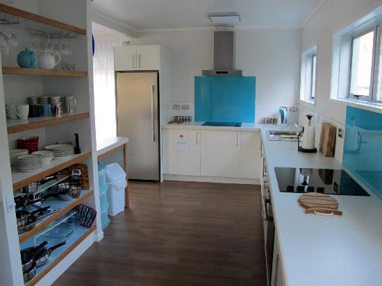 Seabeds: Fabulous Kitchen (another cooking area at the other end)