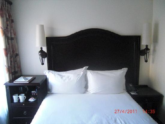 Premier Hotel Pretoria: Dormitorio