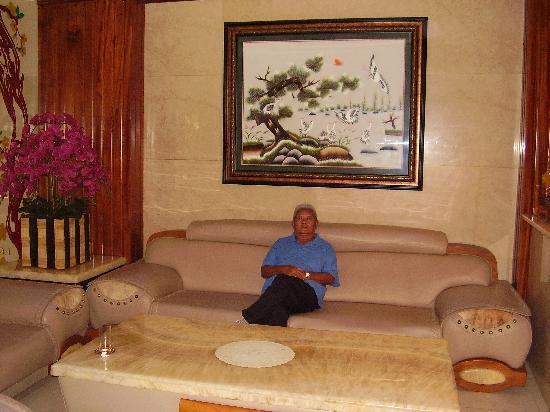 Lavender Hotel: Comfort Lounge