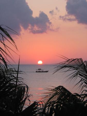SuperClubs Rooms on the Beach Negril: Sunset from our balcony