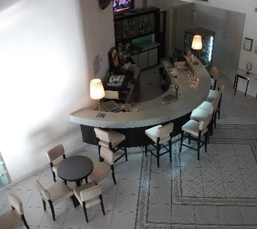 Vista Hotel : Bar area