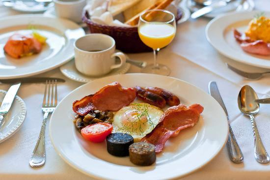 Loch Lein Country House: A Full Irish Breakfast