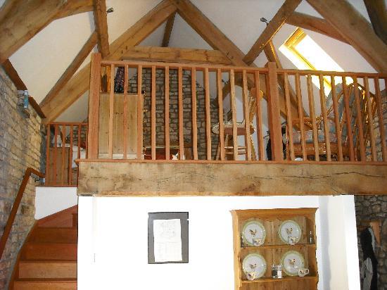 Withy Mills Farm: Mezzanine bedroom