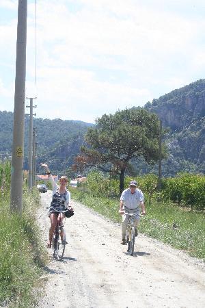 Dalyan Garden Pension: Cycling near the hotel
