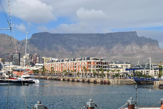 Cape Town Central, South Africa: table mountain from the waterfront