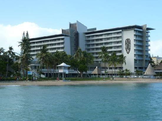 Chateau Royal Beach Resort And Spa: View of the Hotel from the pier along the beach.