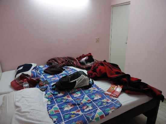 Hotel Namaskar: no frills room