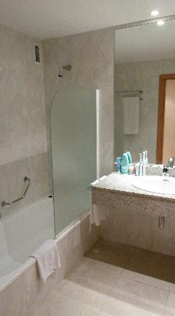 Tabaiba Princess: Bathroom