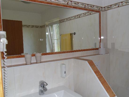 Hotel Post: Part of Bathroom