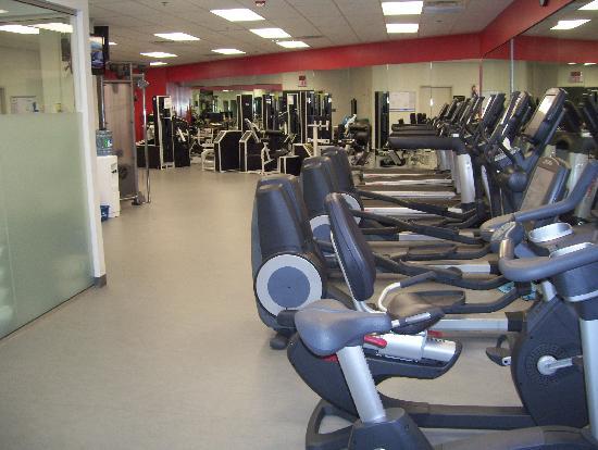 Toronto Marriott City Centre Hotel Gym