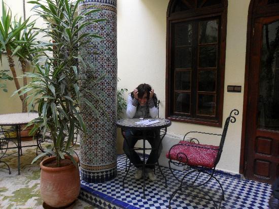 Riad Jardin Chrifa: Ingresso giardino