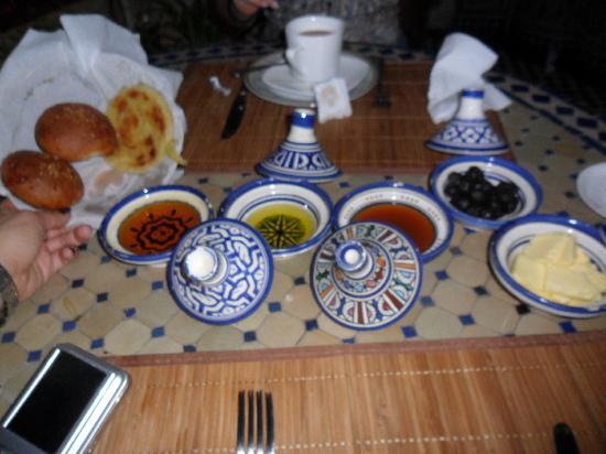 Riad Jardin Chrifa : colazione