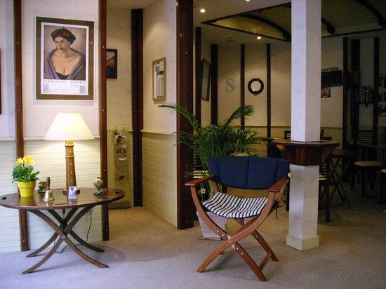 Hotel San Pedro : Accueil de l'hôtel