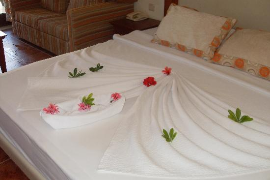 Family Life Bodrum Imperial: bed made by maids