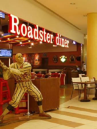Roadster Diner Beirut Restaurant Reviews Phone Number