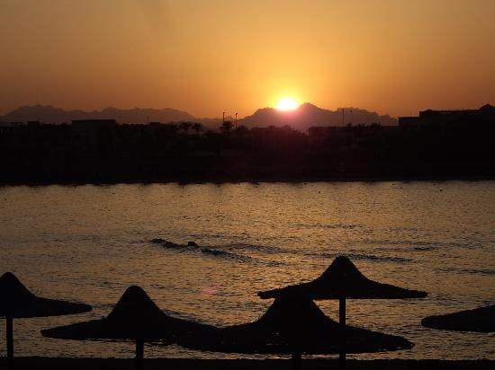 Jaz Dar El Madina: Spiaggia al tramonto