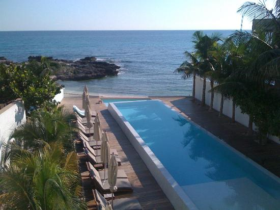 Hotel Secreto: Very private and great for sunbathing