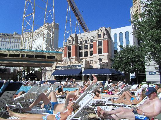 The Swimming Pool Picture Of New York New York Hotel And Casino Las Vegas Tripadvisor
