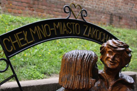 Karczma Chelminska: Near the start of the Old Town