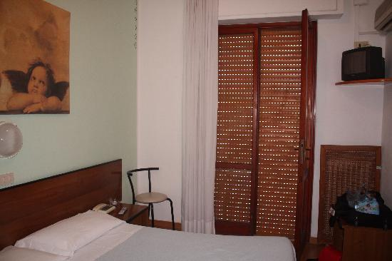 Hotel Cecile: In room