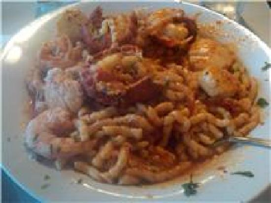 Rino's Place: Seafood pasta note 3 lobster tails