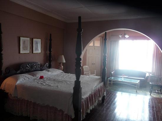 Casablanca Beach Hotel : room 8