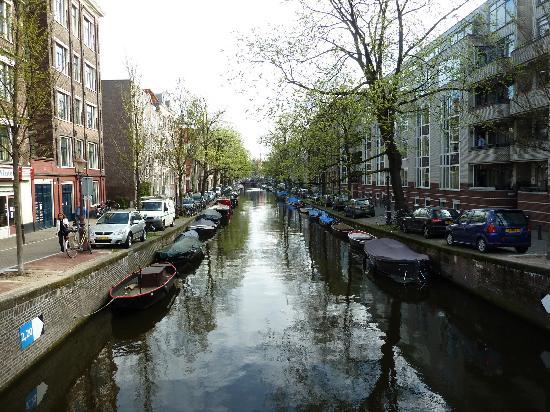 Hotel De Looier: Nearby canal