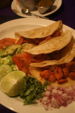 """Cafe Guacamole Y Salsas: I had the Tacos al Pastor. Fresh. Delicious. Not heavy like most """"Mexican"""" restaurants. Deeeee-l"""