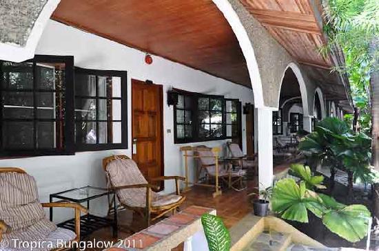 Tropica Resort and Restaurant: Tropica Bungalow and Garden