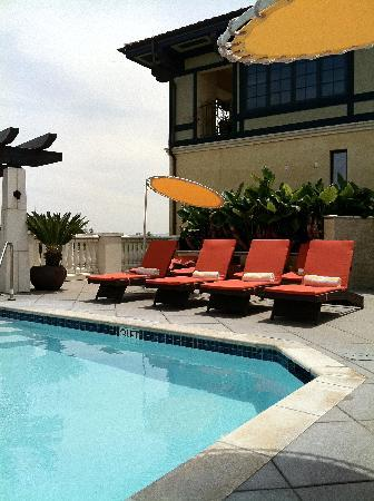 Hotel Valencia - Santana Row: The rooftop pool