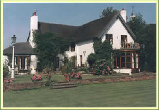 Mickle Trafford Manor: A bed & breakfast of exceptional character, charm and comfort