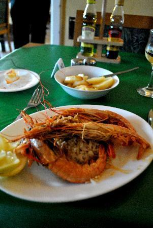 Incognito Restaurant : Fantastic King Prawns & Rice for mains