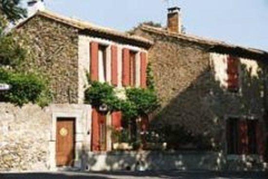 Ginestas, France: getlstd_property_photo