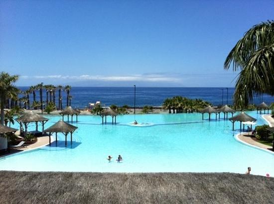 Gran Melia Palacio de Isora Resort & Spa: infinity pool...amazing!!