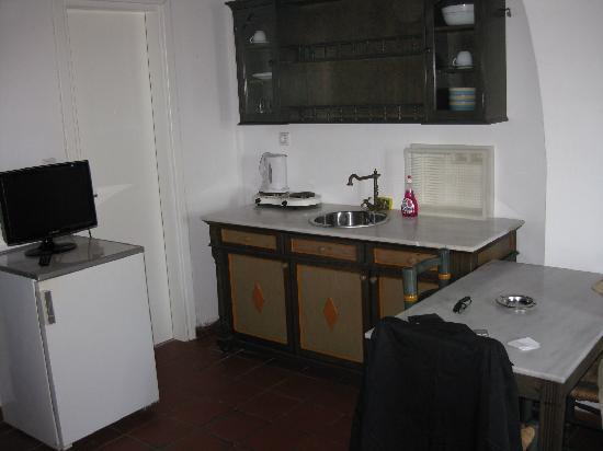 Andromeda Residence: Twin room - kitchenette