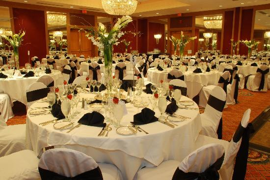 Adam's Mark Buffalo : Plan your special occasion here