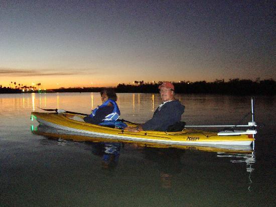 Motorized Kayak Adventures: Moonlight cruize - pic 2