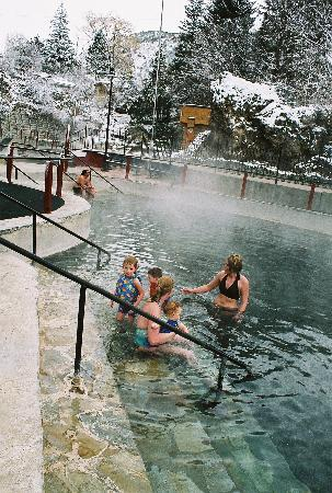 Lava Hot Springs, Айдахо: Idaho's World Famous Hot Pools