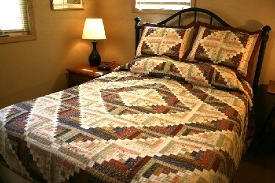 Serendipity Bed & Breakfast & Suites: Carriage Barn Suite