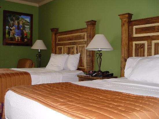 La Hacienda Inn Alamodome/Riverwalk: Room