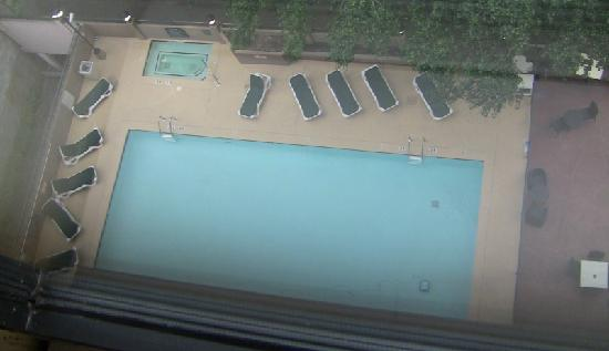 The Inn at Centennial Park: Pool from above