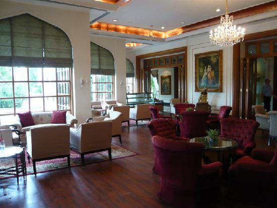 Taj Krishna Hyderabad: The lounge
