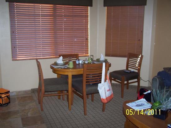 Highlands Resort at Verde Ridge: eating area